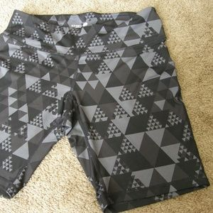 Old Navy Active Compression shorts